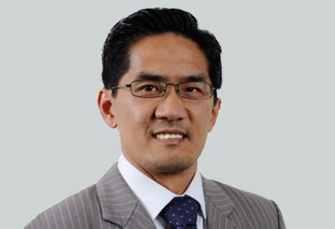 Paul Khamlu, a Private Wealth Adviser in North Sydney NSW